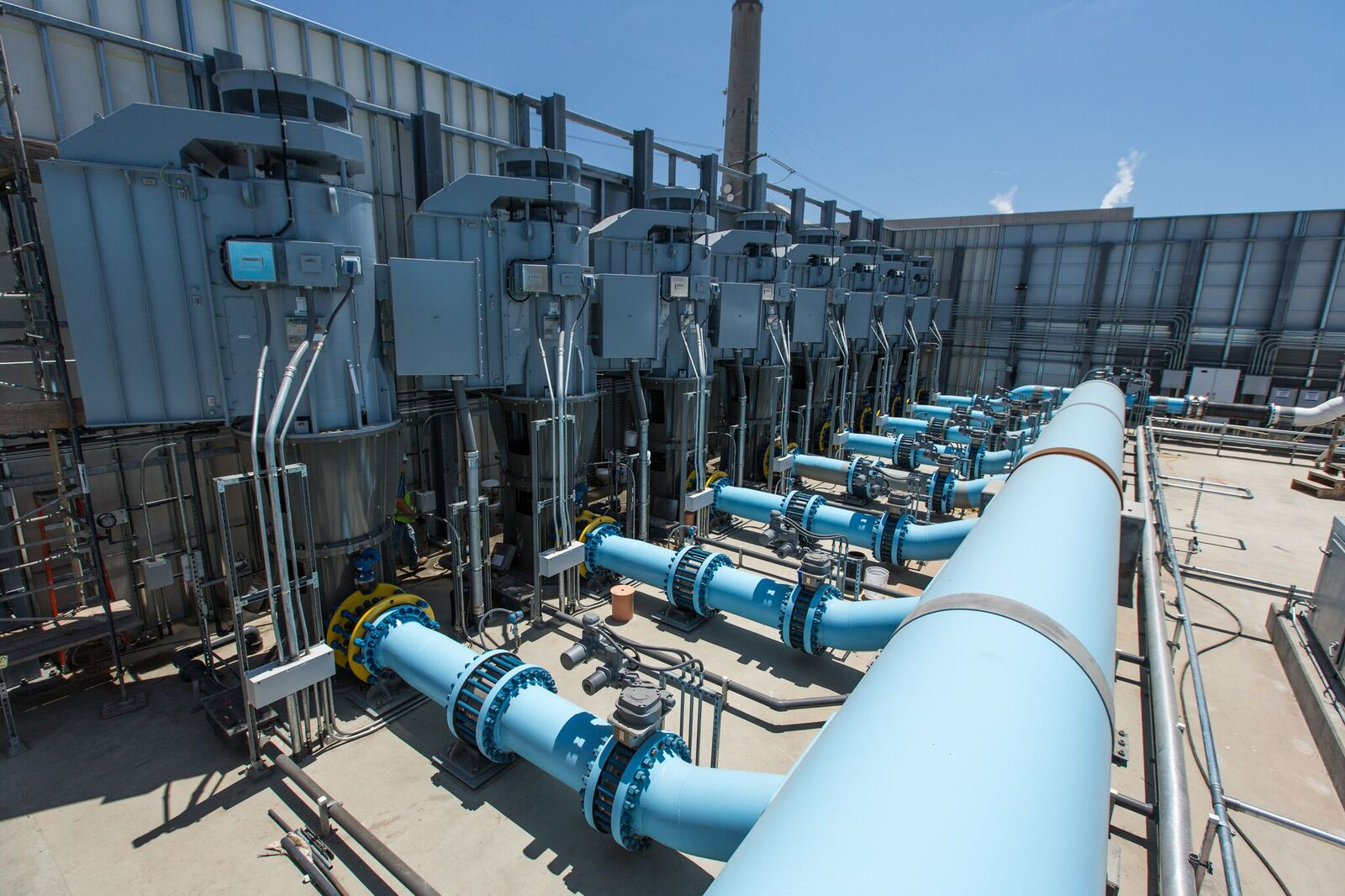 Desal Pumpa and pipes